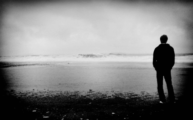 Standing Alone | Booknvolume