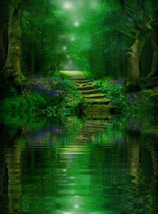 Lush Emeraldine 3