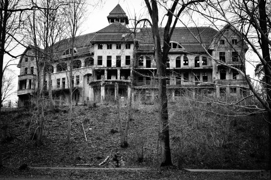The Haunted House / Das Geisterhaus